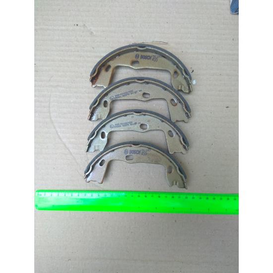 Барабанні гальмівні колодки (OPEL, SAAB, CHEVROLET) BOSCH 0 986 487 820, 0986487820